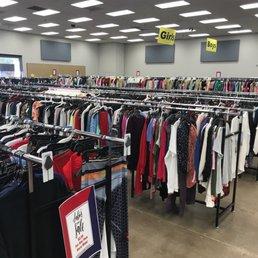 98a7a32e1eda Photo of Fashion Liquidation Outlet - Tempe, AZ, United States