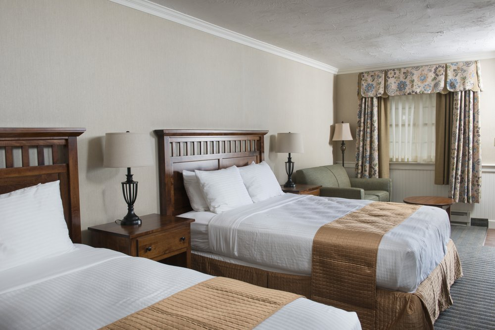 Bird-in-Hand Family Inn: 2740 Old Philadelphia Pike, Bird in Hand, PA
