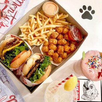 Food from Monty's Good Burger