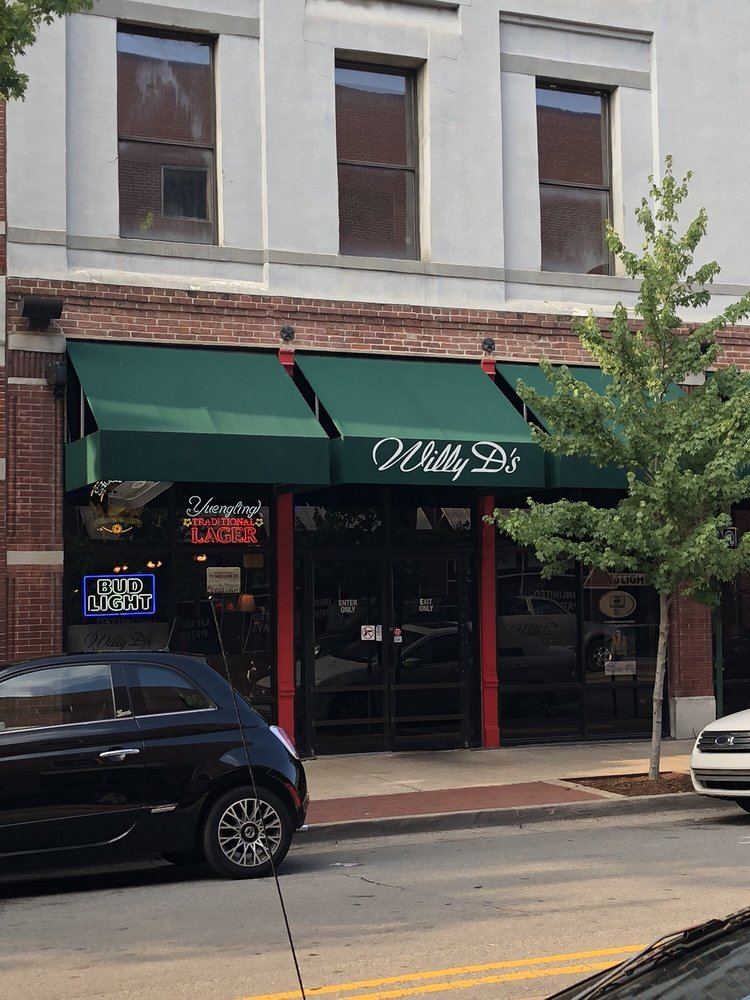 Willy D's Piano Bar