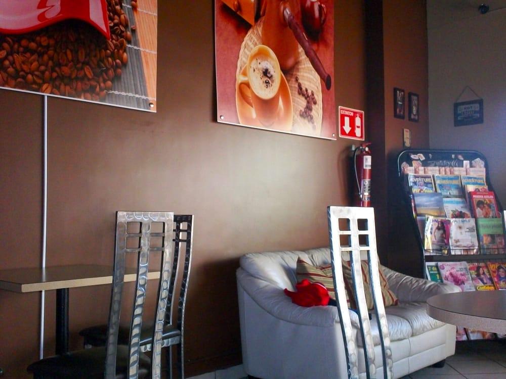 Zukky Café