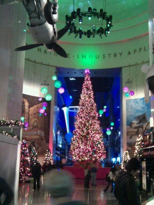 Photo of Christmas Around the World - Chicago, IL, United States