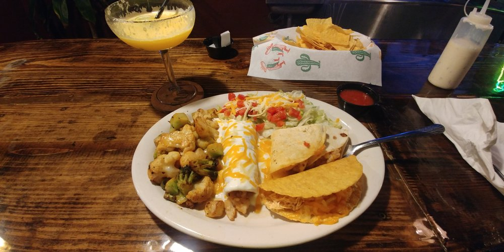 Luna Mexicana: 1215 34th St, Woodward, OK