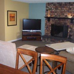 Cornell Manor Apartments - 670 NW Saltzman Rd, Portland, OR
