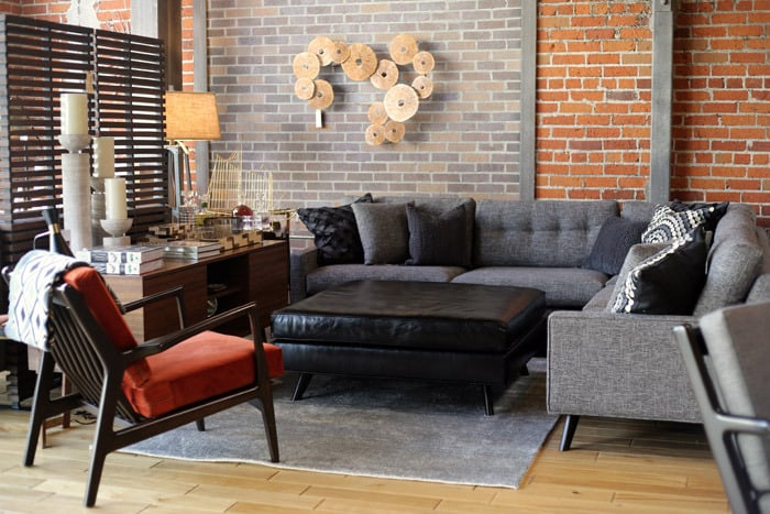 Thrive Home Furnishings CLOSED 123 s & 162 Reviews