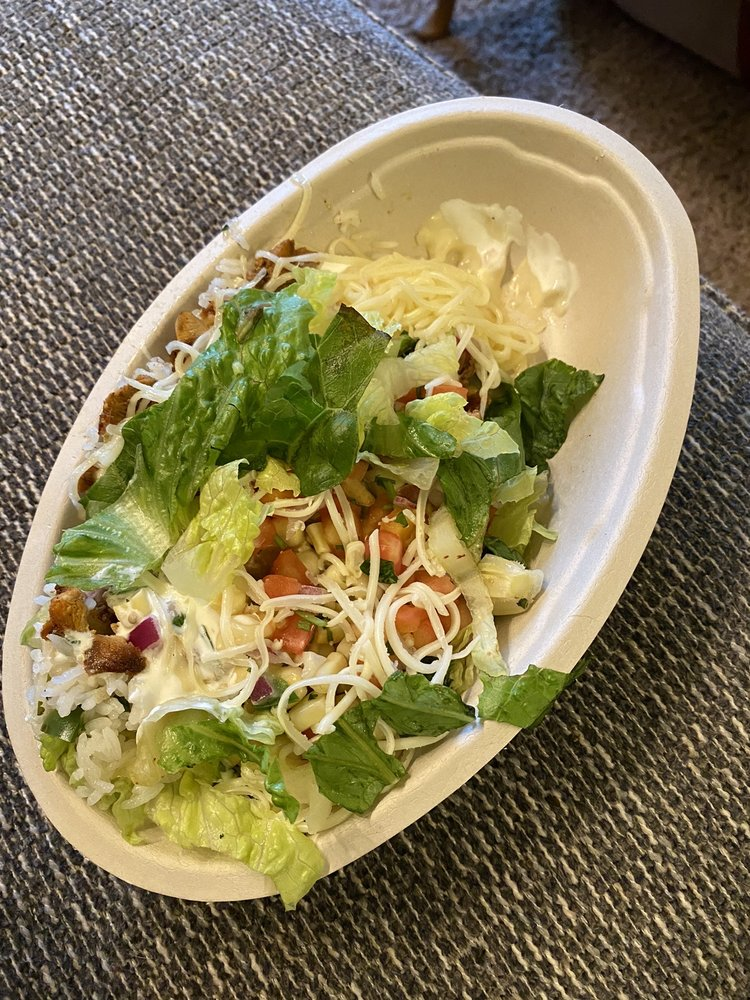 Chipotle Mexican Grill: 107 12th St SW, Forest Lake, MN