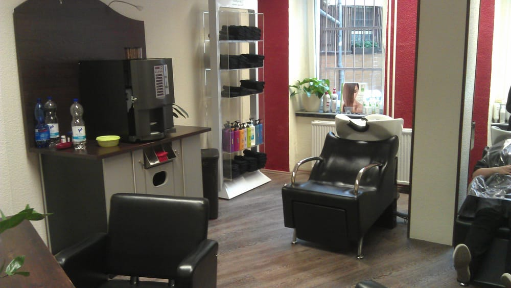 vilianos friseure geschlossen friseur frankfurter allee 45 friedrichshain berlin. Black Bedroom Furniture Sets. Home Design Ideas