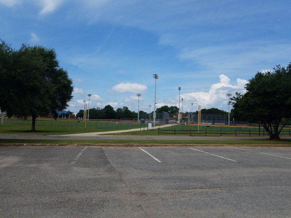 Bowers Park: 2101 Bowers Park Dr, Tuscaloosa, AL