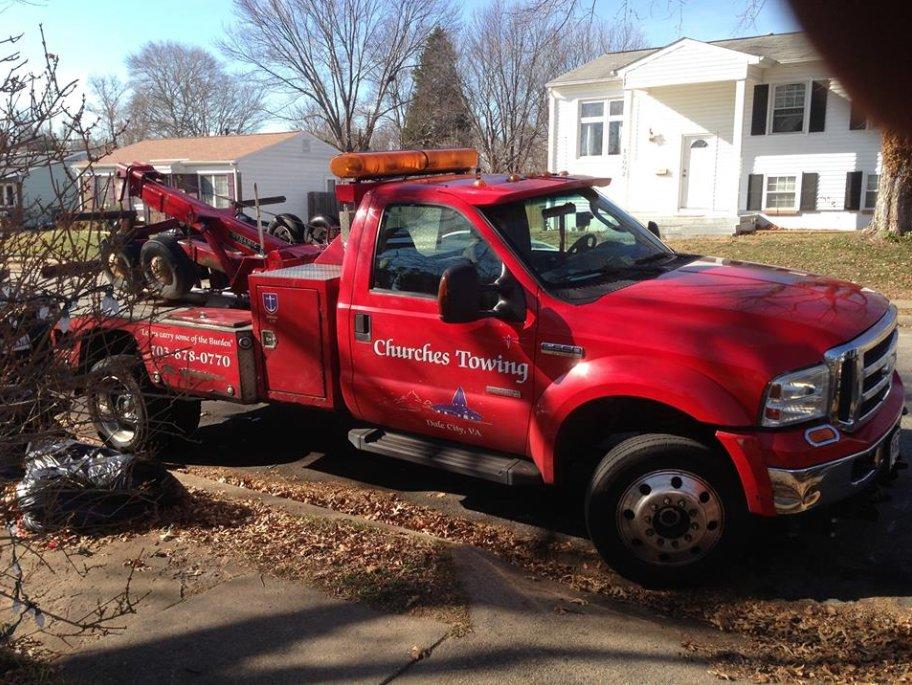 Towing business in Montclair, VA