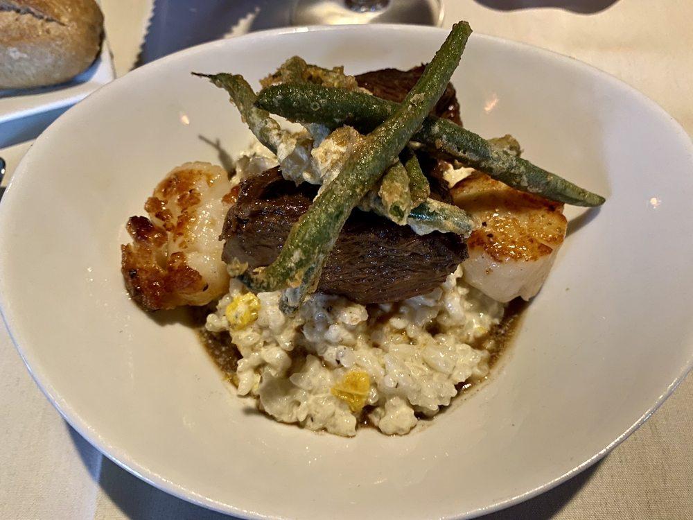 Green Gables Restaurant: 7712 Somerset Pike, Jennerstown, PA