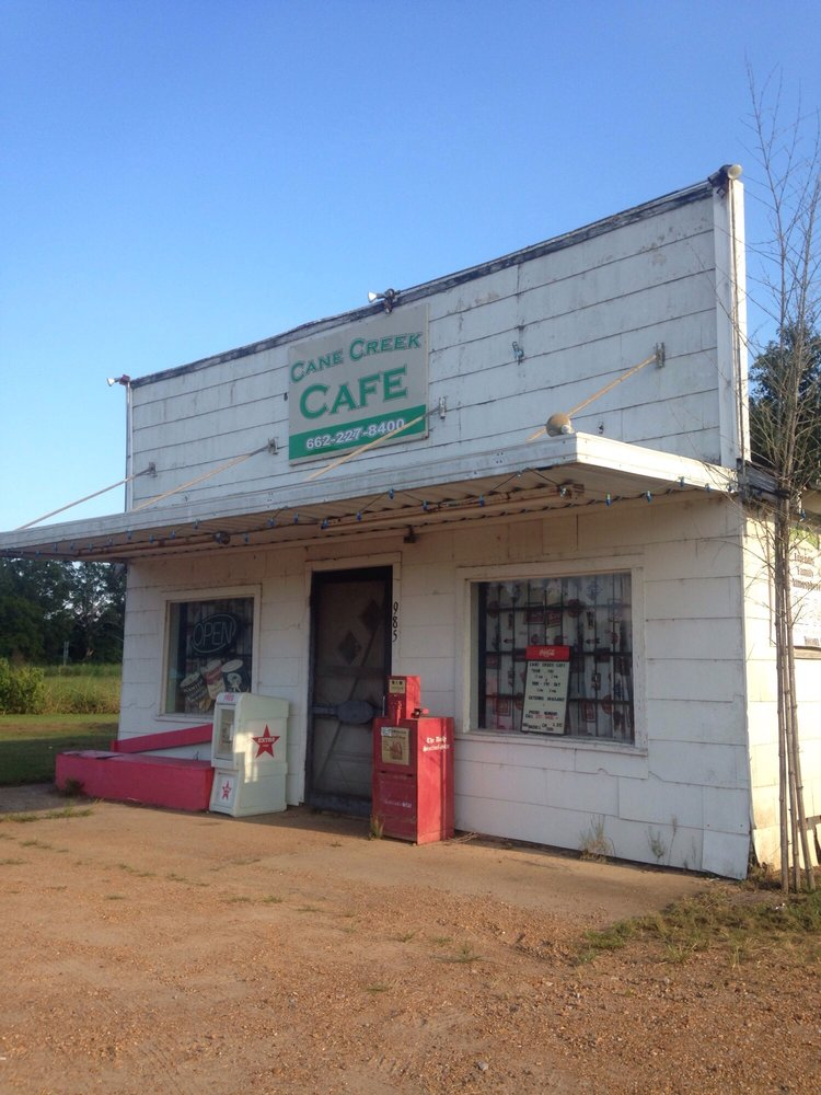 Cane Creek Cafe: 9851 Mississippi 8, Holcomb, MS