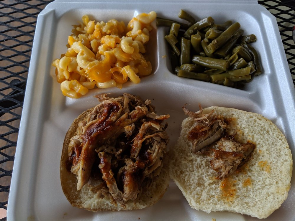 Food from Valley Pike BBQ