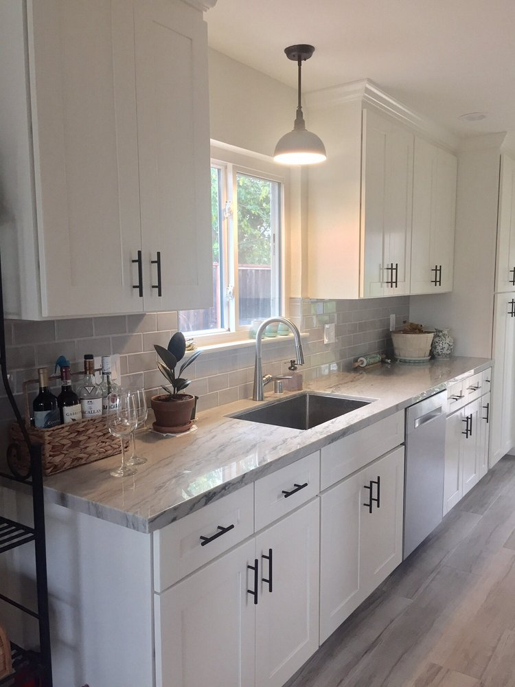 Dolphin Grey Provincetown Tiles And Calacatta Quartzite
