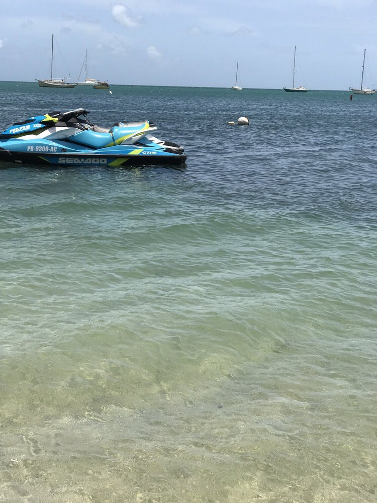 Puerto Rico Adventure Water Sports: Playa de Boquerón, Cabo Rojo, PR