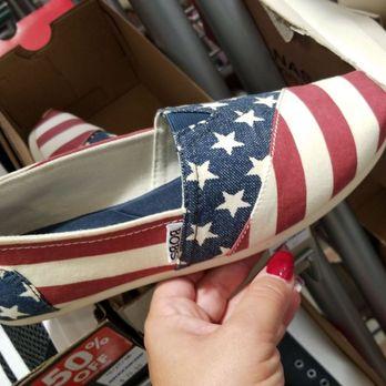 0afc97eb5b1d SKECHERS Factory Outlet - 106 Photos   89 Reviews - Shoe Stores ...