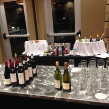 Cambria hotel suites noblesville indianapolis 50 for Wine and paint indianapolis