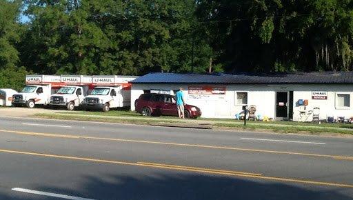 Photo of U-Haul Neighborhood Dealer: Hinesville, GA