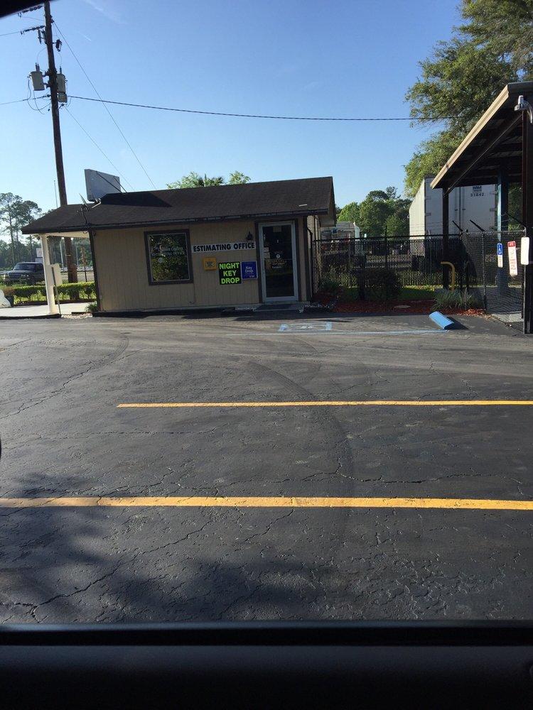 Callahan Body & Paint: 541703 US Hwy 1, Callahan, FL