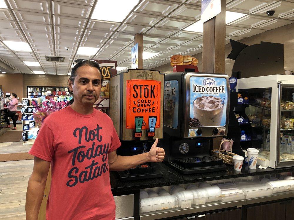 T&E Whistle Stop Exxon: 1320 N Merrill Ave, Glendive, MT