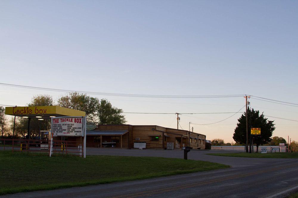 Tackle Box: 83924 N State Hwy 289, Pottsboro, TX