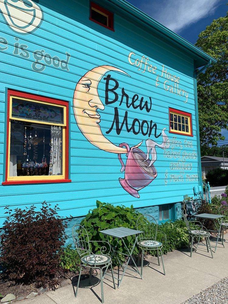 Brew Moon Coffee House & Gallery: 6815 Michigan St, Caseville, MI