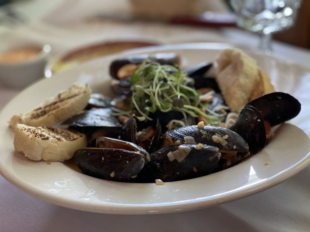 1911 Restaurant: 1549 Glendale Ave, Petoskey, MI