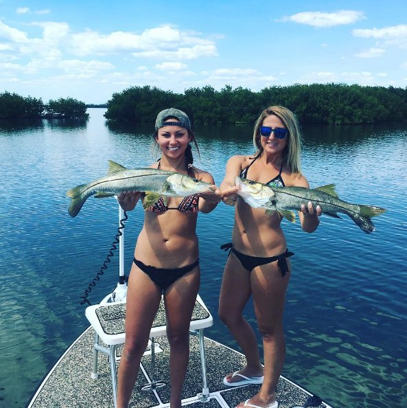 Reel revenge fishing charters bootsverleih 3712 sw for Cape coral fishing charters
