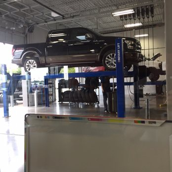 Photo of Tom Wood Ford - Indianapolis IN United States. oil change. & Tom Wood Ford - 25 Reviews - Car Dealers - Indianapolis IN - 3130 ... markmcfarlin.com