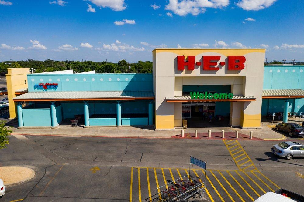 H-E-B: 3301 Sherwood Way, San Angelo, TX