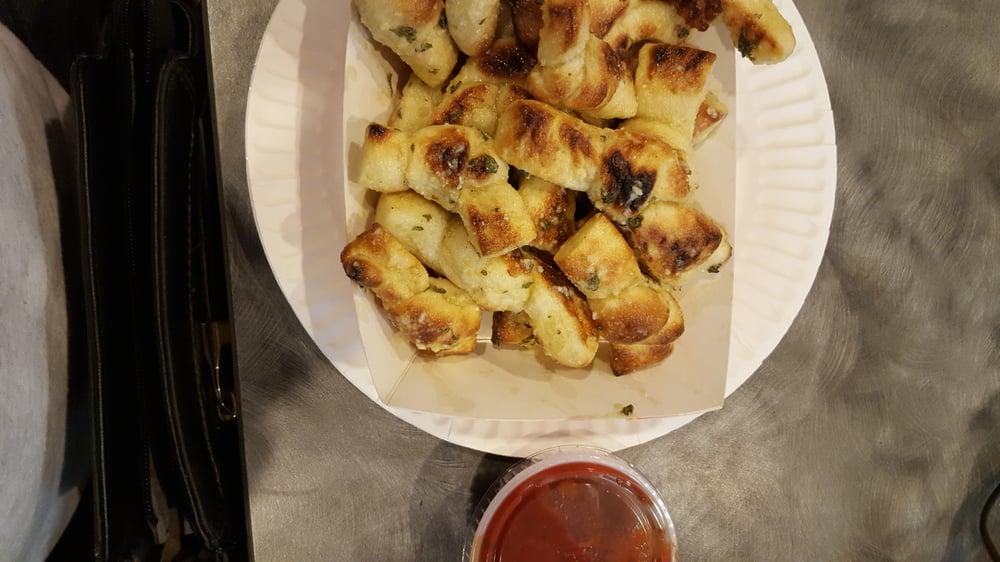 Atomic Pizza: 1111 W Whittier Blvd, La Habra, CA