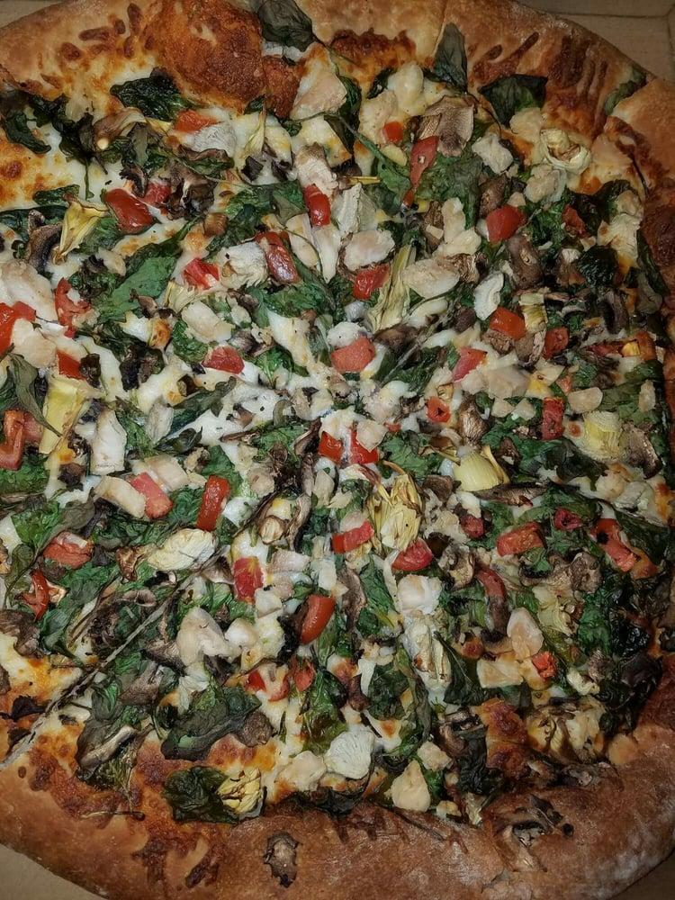Pizza & Pints Pizzeria: 449 N Main St, Manteca, CA
