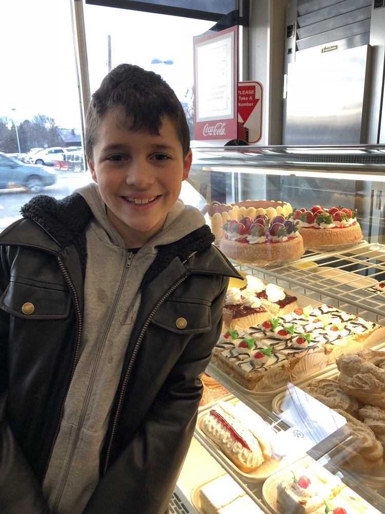 Colarusso's Bakery: 210 Main St, Stoneham, MA