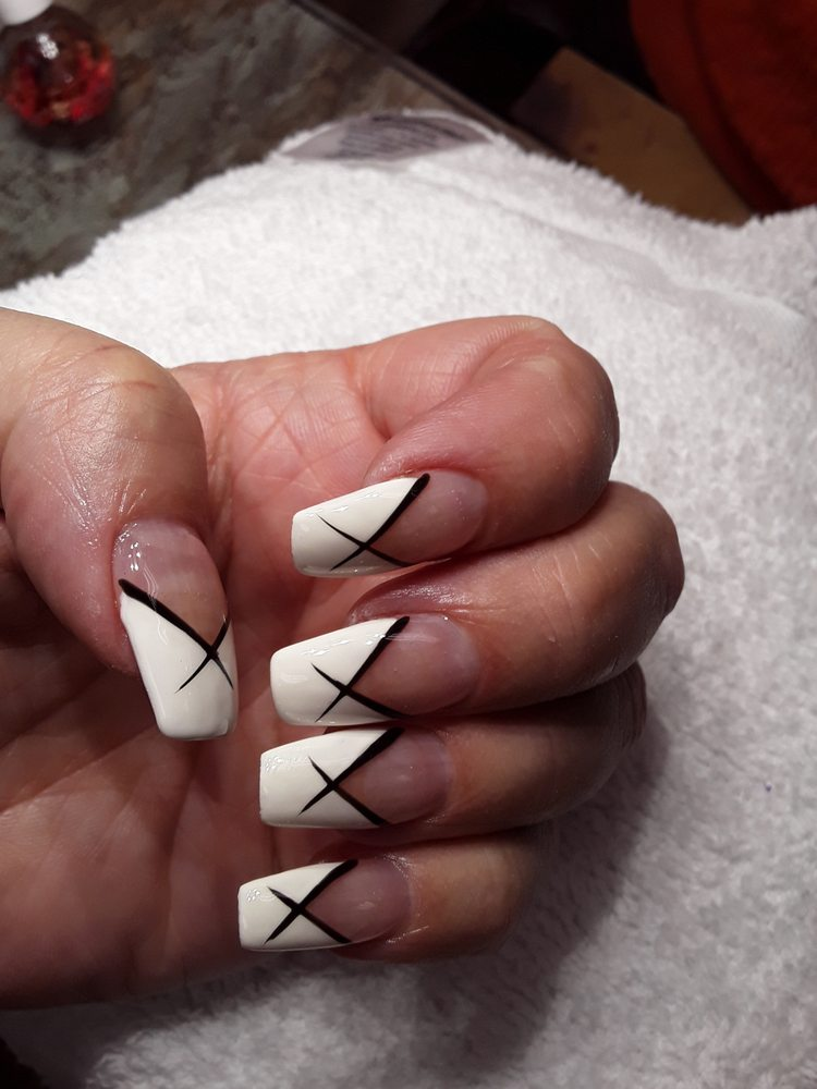 Crystal Nails: 2431 Tower Ave, Superior, WI