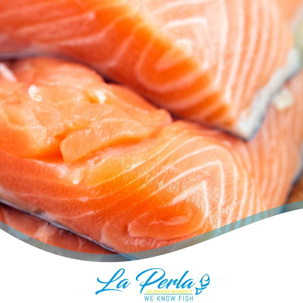 La Perla Seafood Market: 3283 S John Young Pkwy, Kissimmee, FL