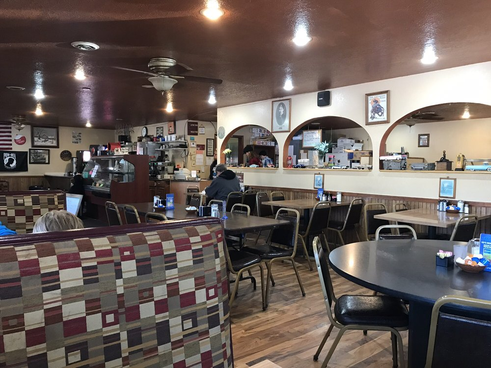 K D's Family Restaurant: 11392 S 2nd St E, Solon Springs, WI