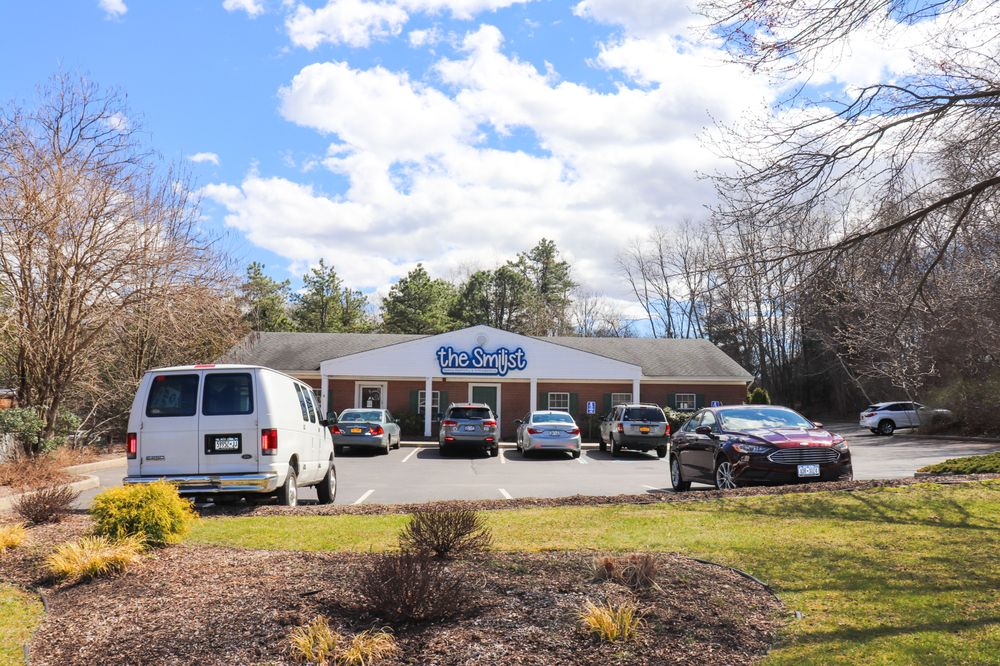 The Smilist Dental: 770 Middle Country Rd, Middle Island, NY