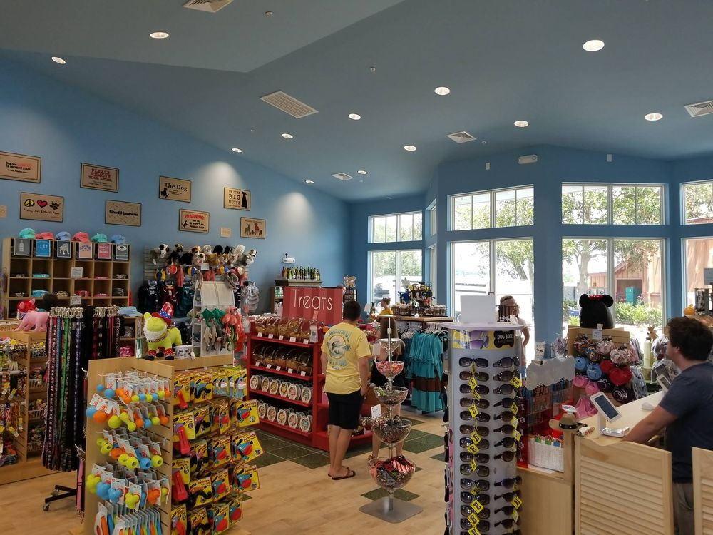 Faux Paws: 4898B Hwy 17 S, North Myrtle Beach, SC