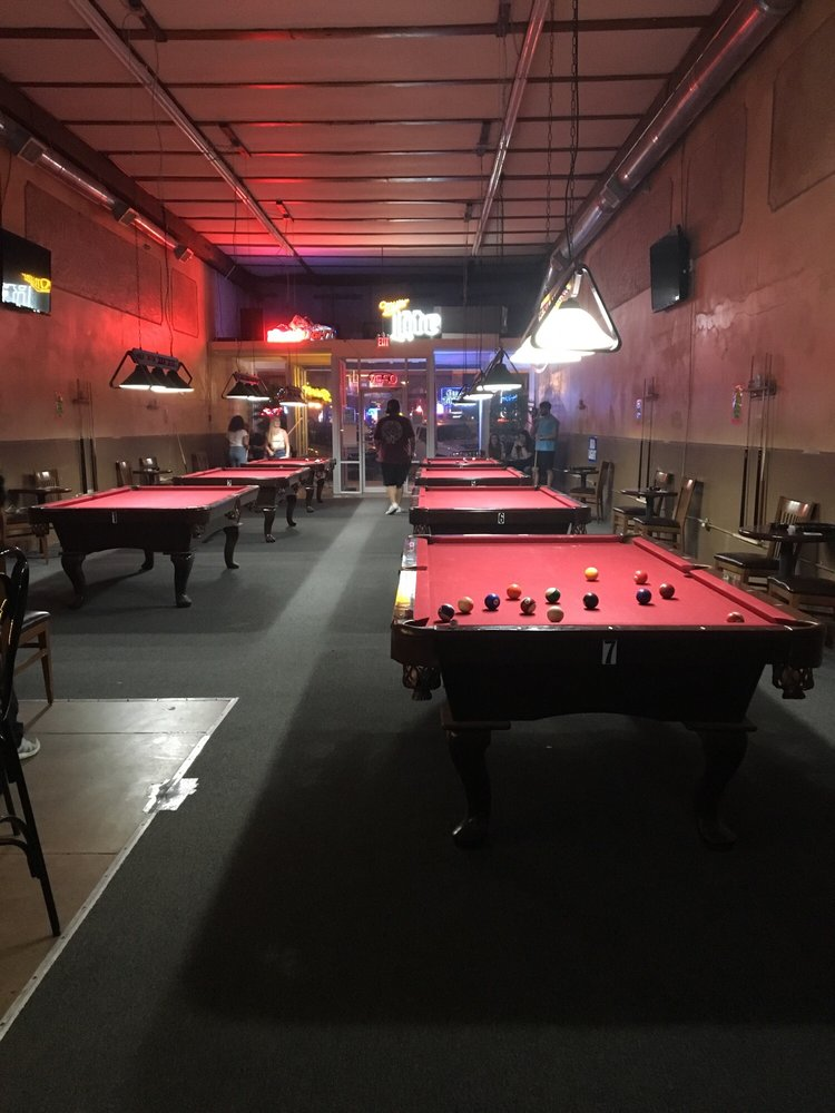 Guys And Dolls Billiards: 127 W Main St, Durant, OK