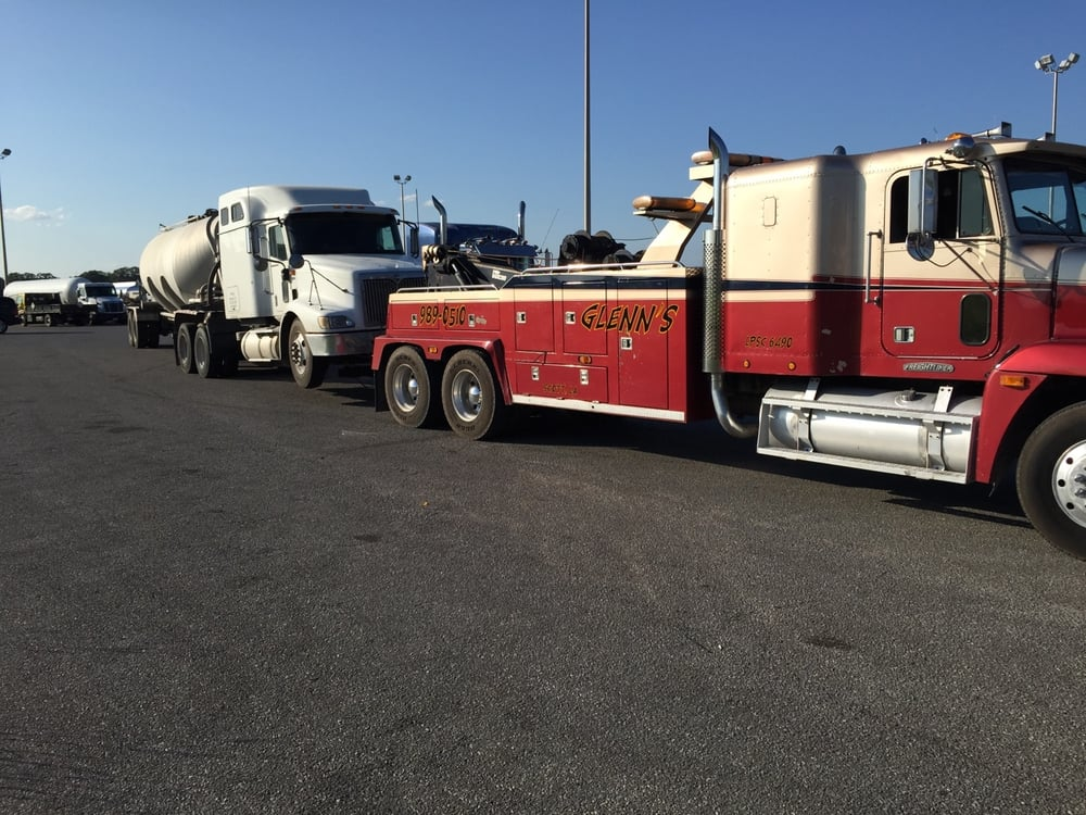 Glenn's Towing & Recovery: 311 Des Jacques Rd, Lafayette, LA
