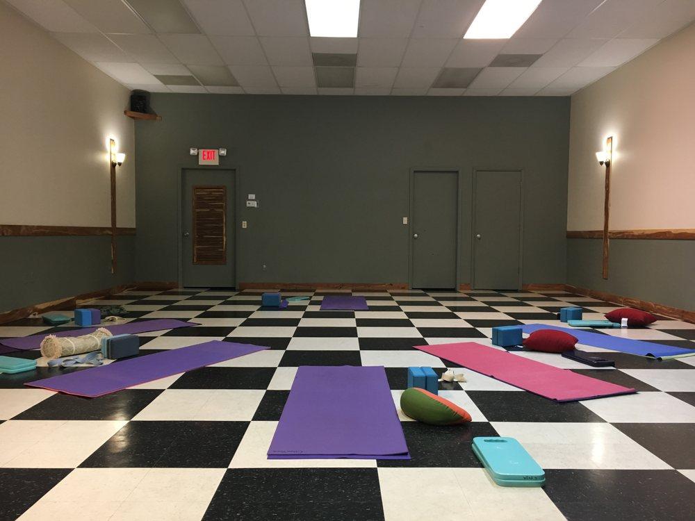 Citrus Yoga: 1578 N Meadowcrest Blvd, Crystal River, FL