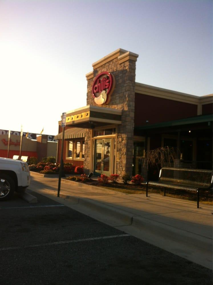 Chilis: 714 3rd St W, Tifton, GA