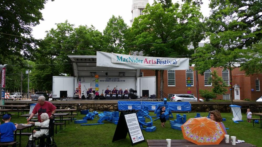 Macnider Arts Festival: 303 2nd St SE, Mason City, IA