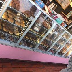 Donut Star 33 Photos 79 Reviews Donuts 2122 El Camino Ave