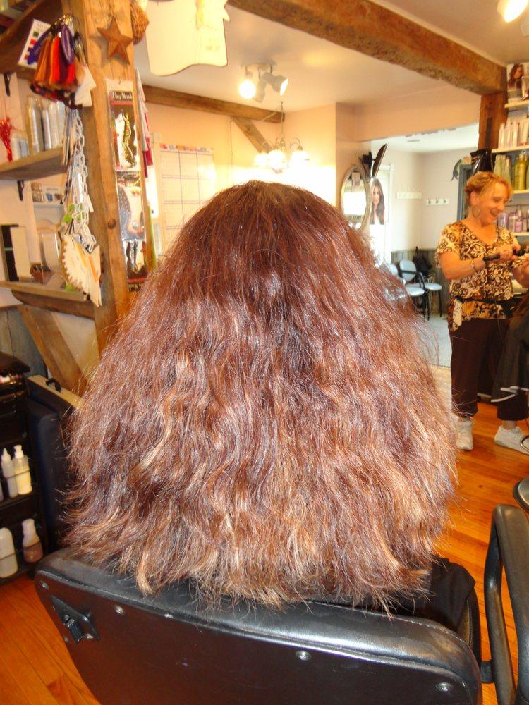 Shear Perfections: 618 S Logan Blvd, Altoona, PA