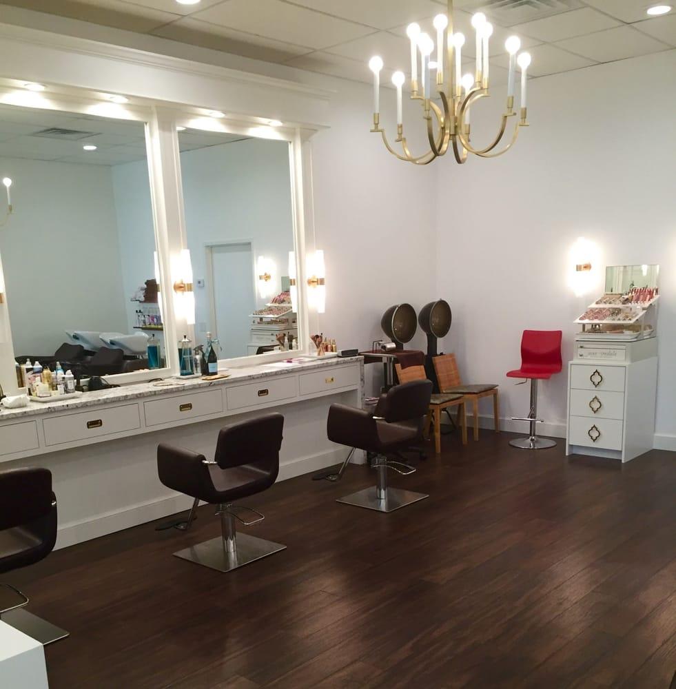 Look boutique salon hair salons 3020 stony point rd for A b beauty salon houston