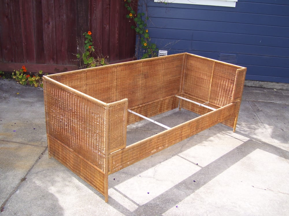 Modern wicker daybed newly restored and refinished ready for Jardin wicker