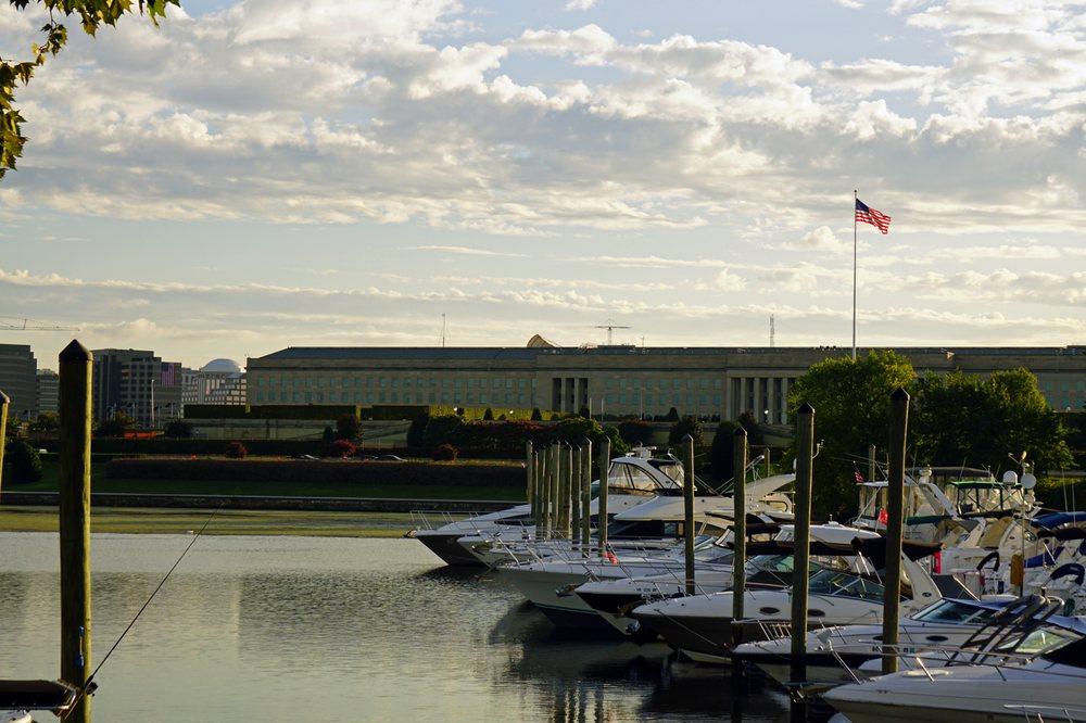 Columbia Island Marina