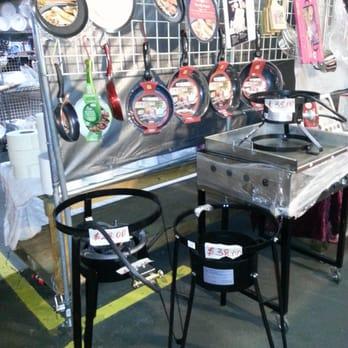 santa fe springs swap meet vendors directory