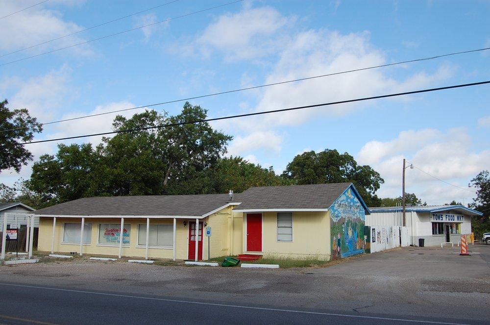 The Goodman Team-eXp Realty: 101 S Dallas St, Ennis, TX