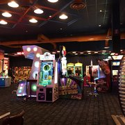 dave buster s 251 photos 181 reviews american. Black Bedroom Furniture Sets. Home Design Ideas